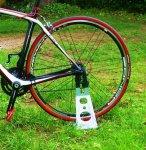 Soporte para bicicletas suelo casero for Soporte para bicicletas suelo